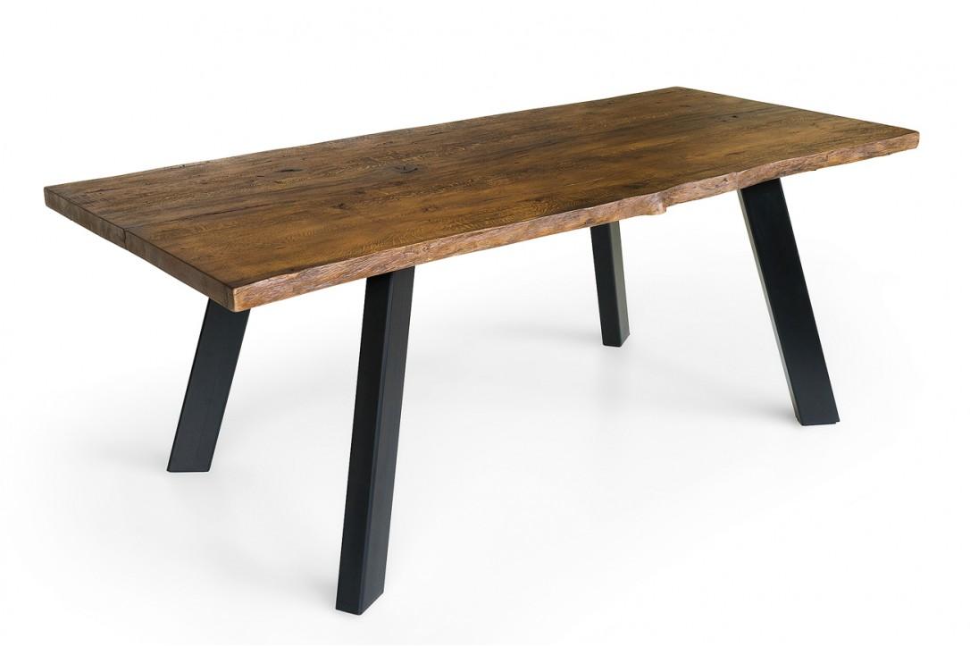 Solid oak dinner table №2